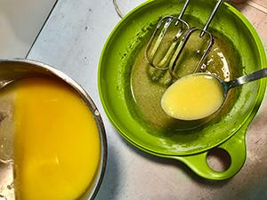 dodajemy masło z czekoladą