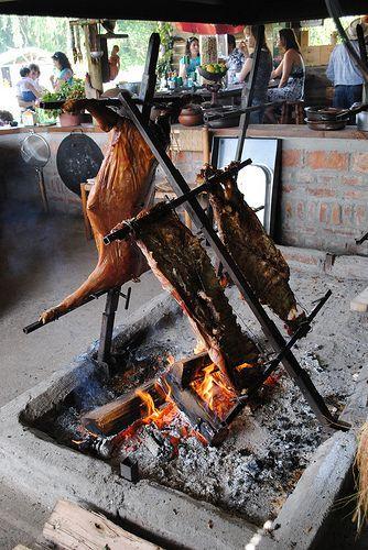 Rodzinne spotkanie przy asado (grillu) iYerba Mate